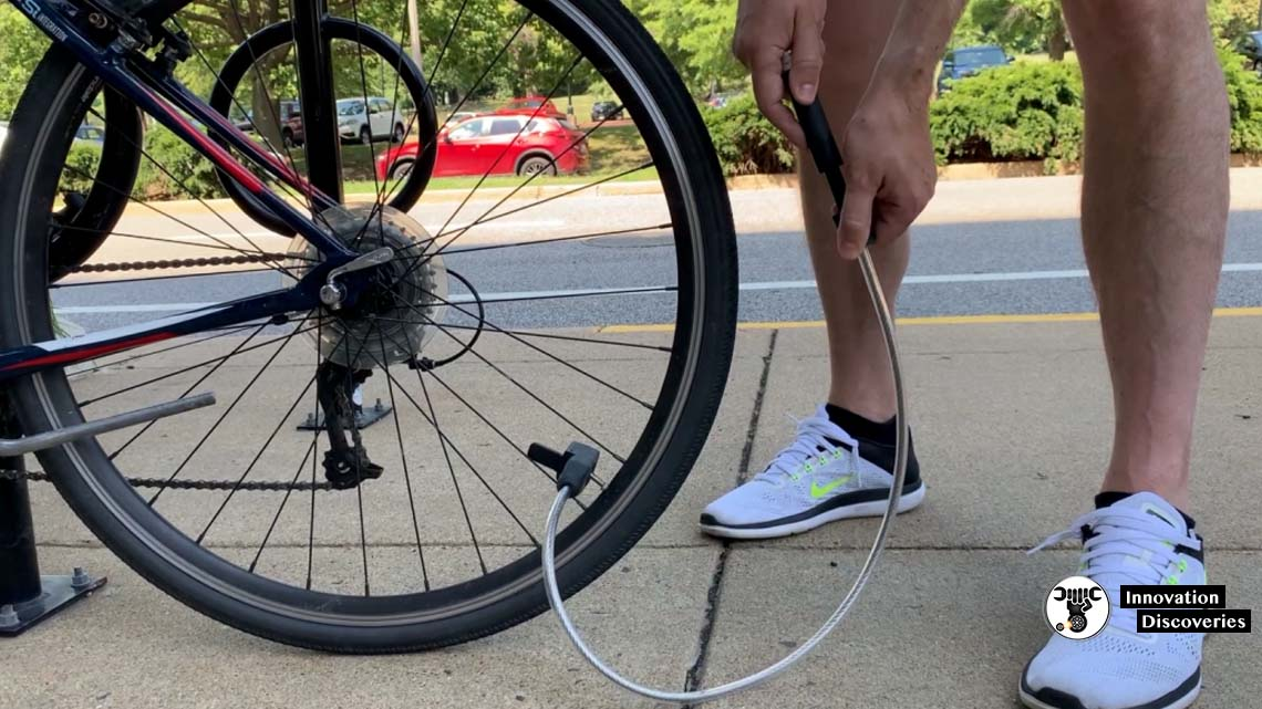 AirLock Is A Tire Pump And A Bike Lock Combined Into One Gadget
