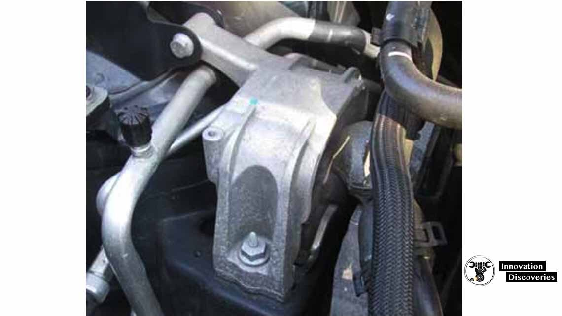 Volkswagen top engine mount